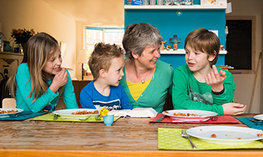 Bijbellezen: Met je kinderen in gesprek over de Bijbel en geloof